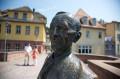 Hermann-Hesse-Statue auf der Nikolausbrücke / Quelle: Stadt Calw