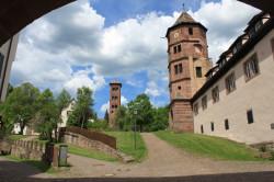 Sehenswürdigkeiten_Eulen-und-Glockenturm-KlosterHirsau_Internet